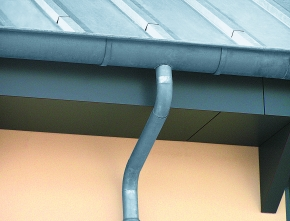 Zinken dakgoot duurzamer dan PVC en aluminium dakgoot
